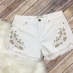 Free People White Embroidered Denim Cut Off Shorts